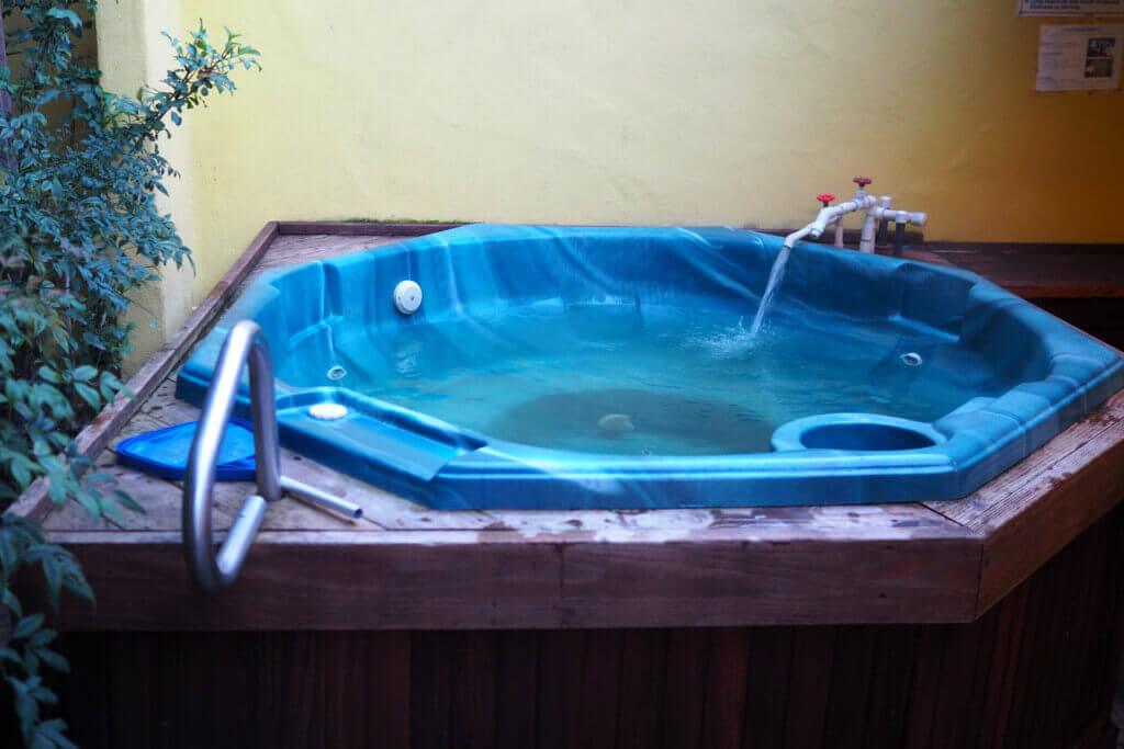 Mineral Tub