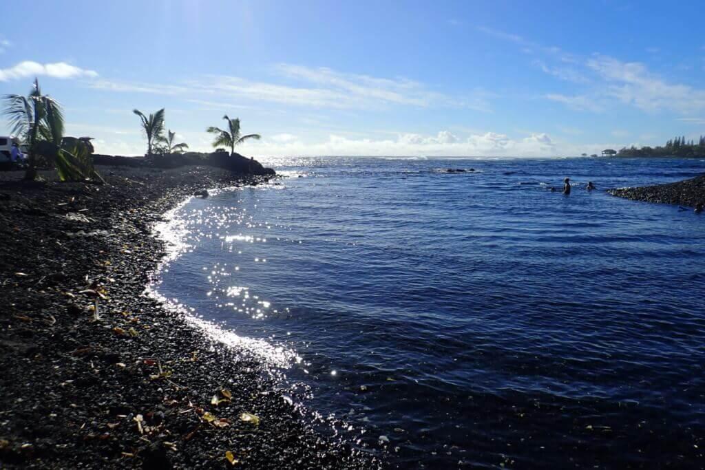 Black Beach2
