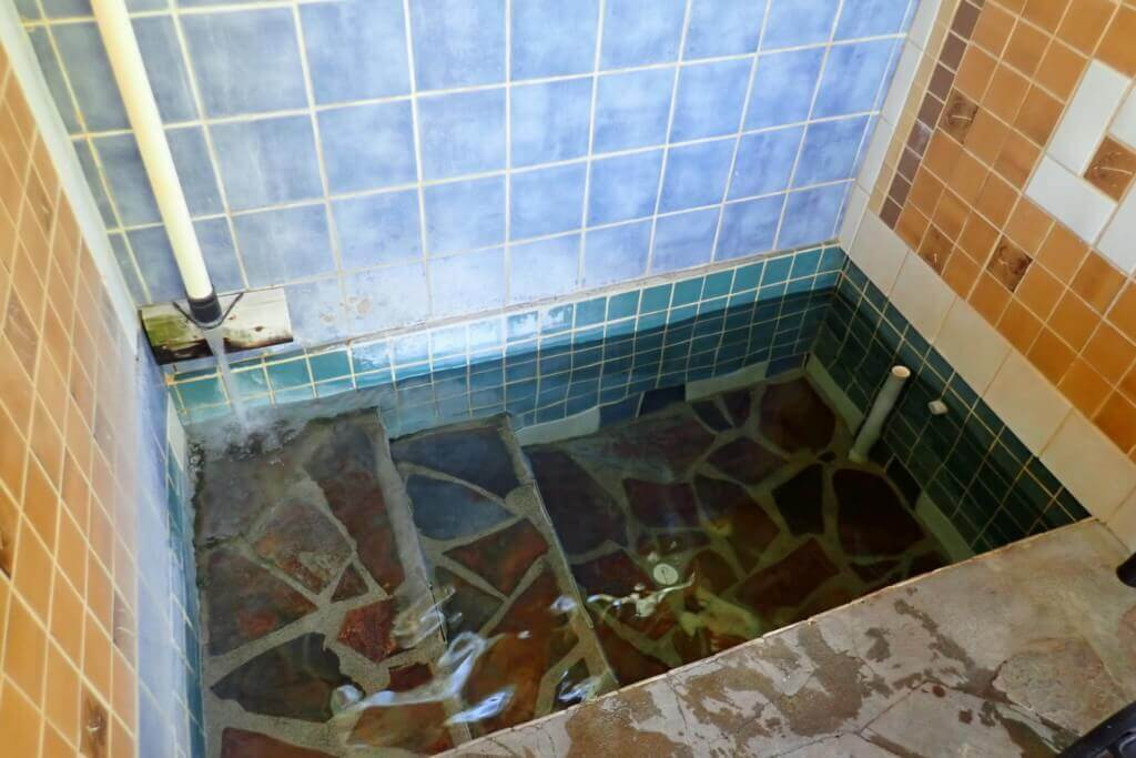 Open-air Bathroom 2