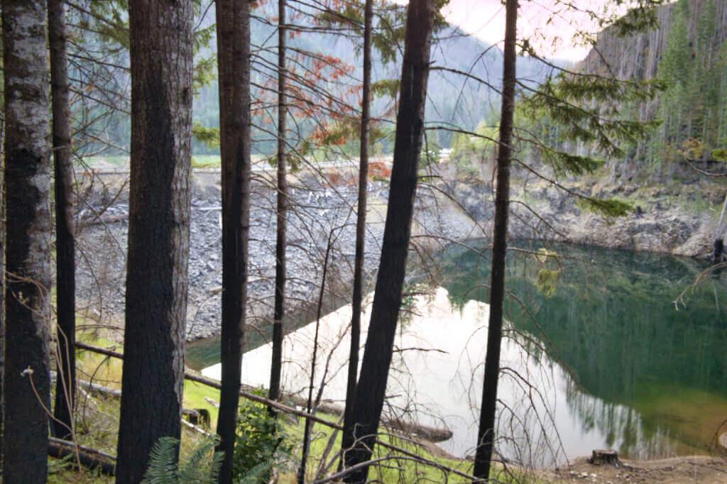 Dam 2